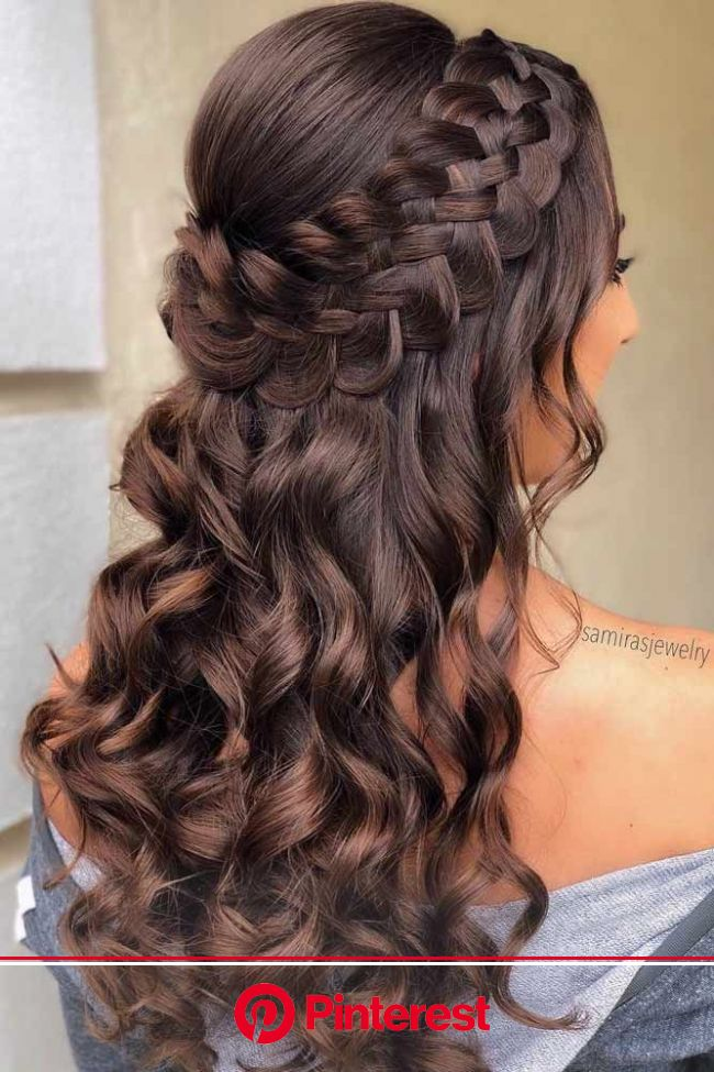 Prom coiffures pour cheveux longs | Down hairstyles for long hair, Prom hairstyles for long hair, Quince hairstyles