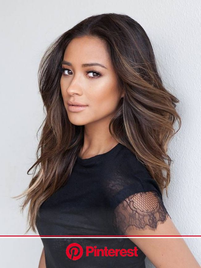 """Shay Mitchell Plans to """"Have a Little More Fun"""" With Beauty This Year   Hair styles, Long hair styles, Hair color"""