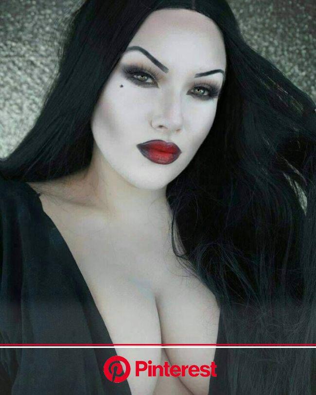 Pin by Jaxz on beautiful women | Goth beauty, Hot goth girls, Dark beauty