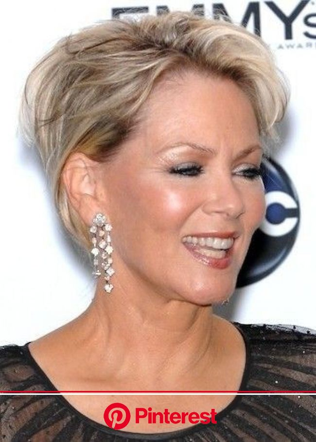 35 Pretty Hairstyles for Women Over 50: Shake Up Your Image & Come Out Looking Fresher! - PoPular Haircuts | Haircuts for fine hair, Short hair st