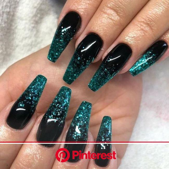 49 Best Glitter Nail Art Ideas For Glam Looks | Pretty acrylic nails, Winter nails acrylic, Glitter nail art