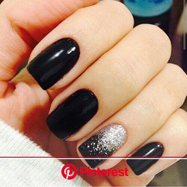 imagem descoberto por alguém. Descubra (e salve!) suas próprias imagens e vídeos no We Heart It | Black nails with glitter, Pretty nails, Silver nails