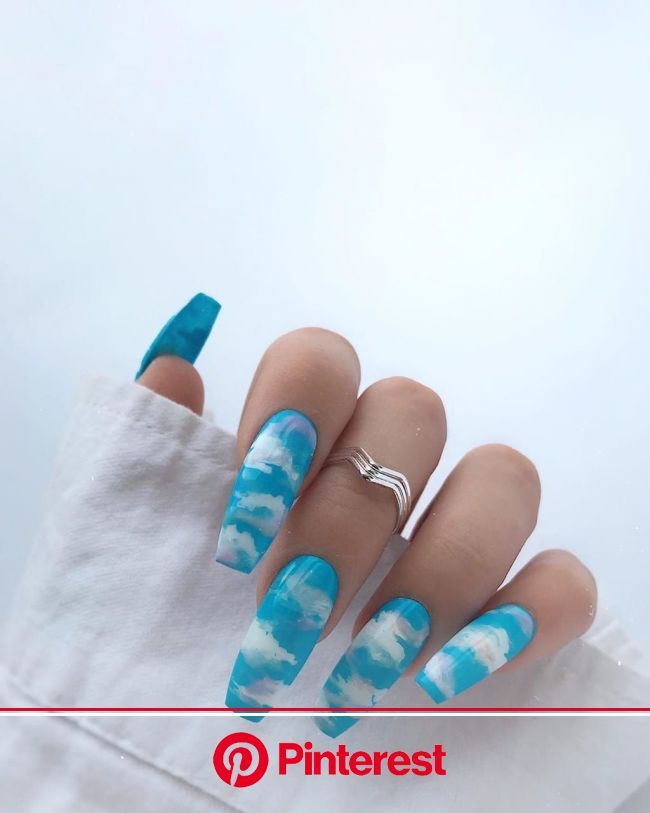 imagen descubierto por NooraMoon. Descubre (¡y guarda!) tus propias imágenes y videos en We Heart It | Glow nails, Vibrant nails, Stylish nails design