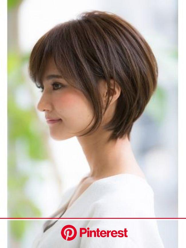 【2021年冬】ショート 黒髪 オフィス・コンサバ ストレートパーマ・縮毛矯正 ブラウン・ベージュ系 髪量:多い/髪質:硬い/太さ:普通 顔型:ベースの髪型・ヘアアレンジ|人気順|ホットペッパービューティー ヘアスタイル・ヘアカタログ | ヘアカット, ヘアスタイリング, ヘアスタイル