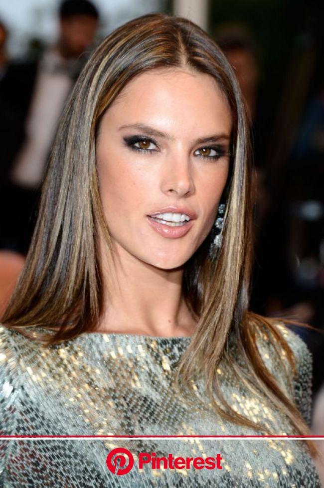Alessandra Ambrósio http://juliapetit.com.br/beleza/de-bonita-2/ | Hairstyle, Hair, Hair beauty
