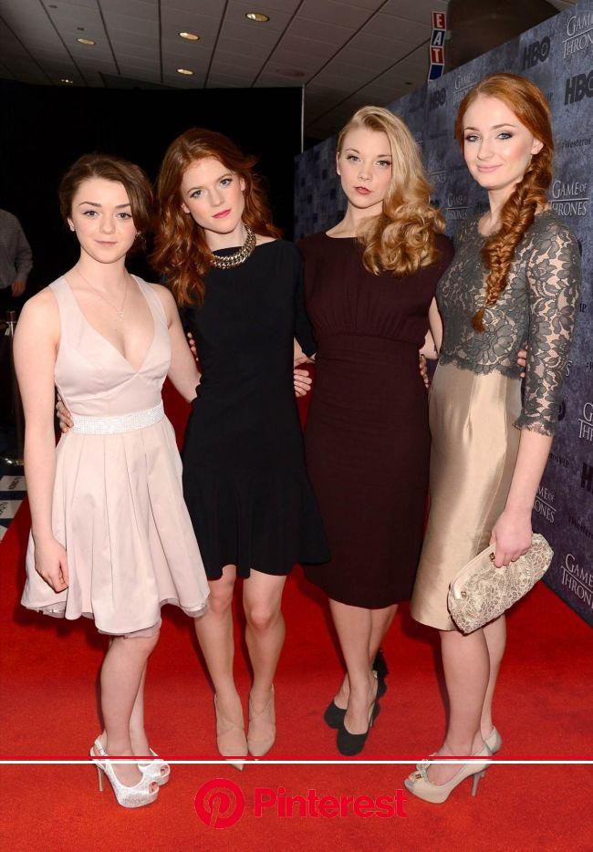 Actresses Maisie Williams, Rose Leslie, Natalie Dormer and Sophie... | Game of throne actors, Game of thrones arya, Maisie williams