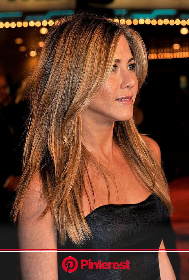 21 of Jennifer Aniston's Most Iconic Hairstyles | Long face hairstyles, Jennifer aniston hair, Long hair styles