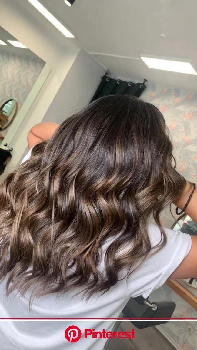 ARBUTI HAIR SALON | Friseur München [Video] [Video] in 2020 | Haarfarbe brünett, Balayage dunkles haar, Mittellange haare frisuren einfach