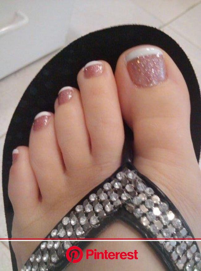 Glitter frenchie | CosmoToLogy | Toe nail designs, Cute toe nails, Toe nails