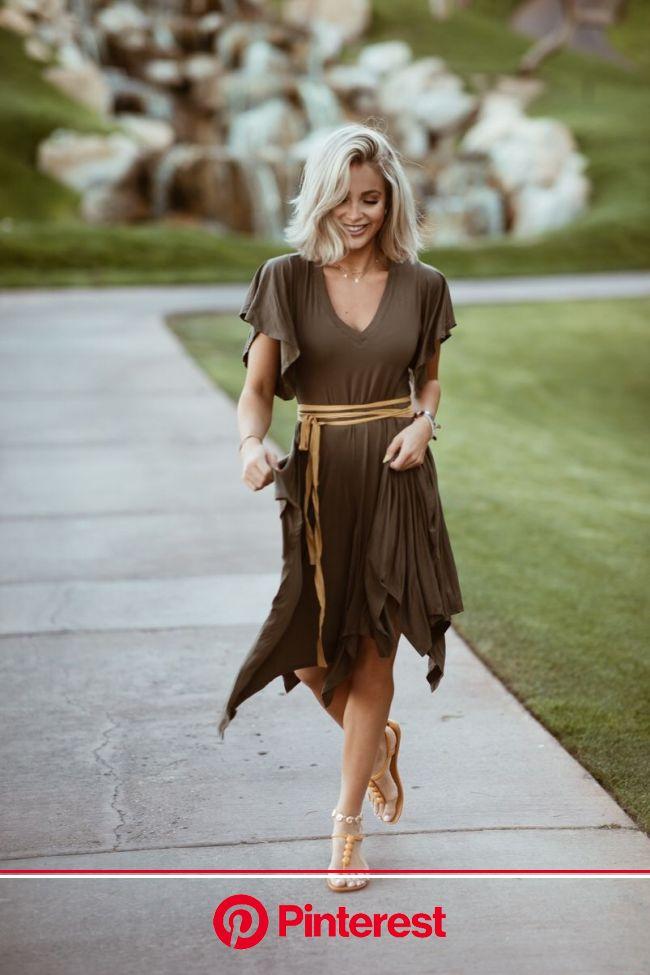 The dinner adventure - Cara Loren | Short blonde hair, Cara loren hair, Brunette hair color