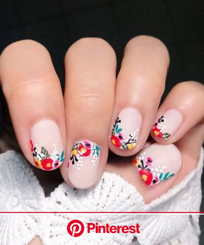 22 Spring Floral Manis You'll Want to Copy ASAP | Nail designs spring, Floral nail designs, Flower nails