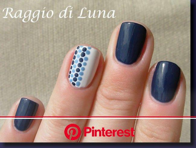 Raggio di Luna Nails: Blue dots | Accent nail designs, Dot nail designs, Finger nail art