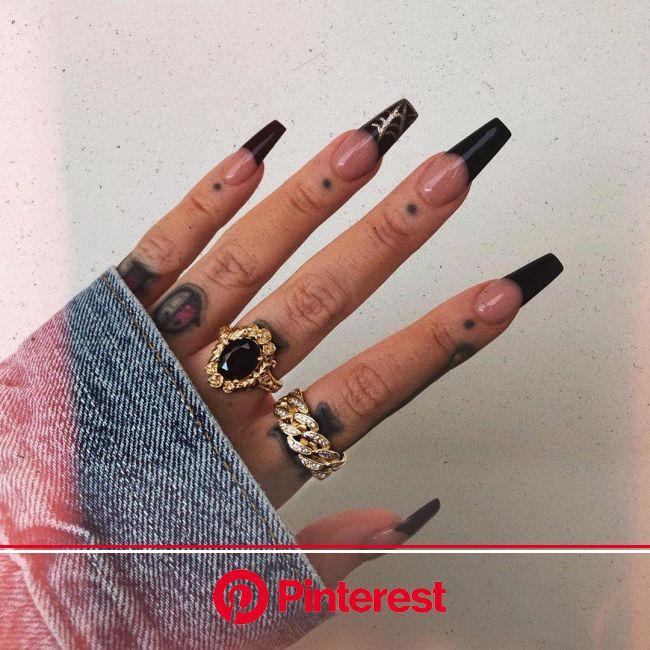 "???? ???? ???? ???? ???? on Instagram: ""Black Widow ???????????? Nails: By Tram @nail.it.salon  Wreath Ring: @regal… | Black acrylic nails, Long acryl"