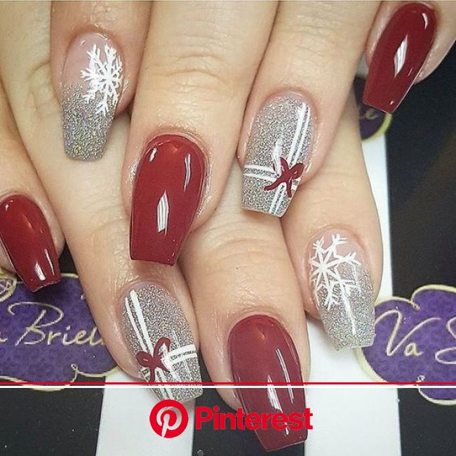 Festive Holiday Nail Art That Isn't Cheesy | Christmas present nails, Xmas nails, Christmas present nail art