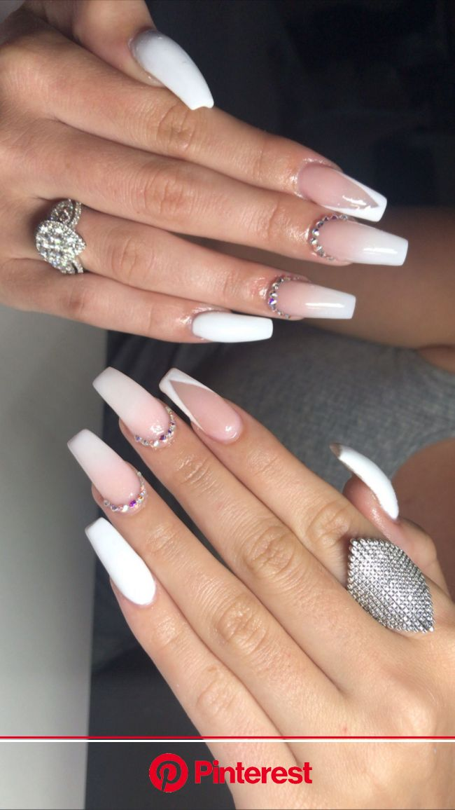 Pin by Jada Dotting on White nails | Gold gel nails, Acrylic nails coffin short, Red acrylic nails