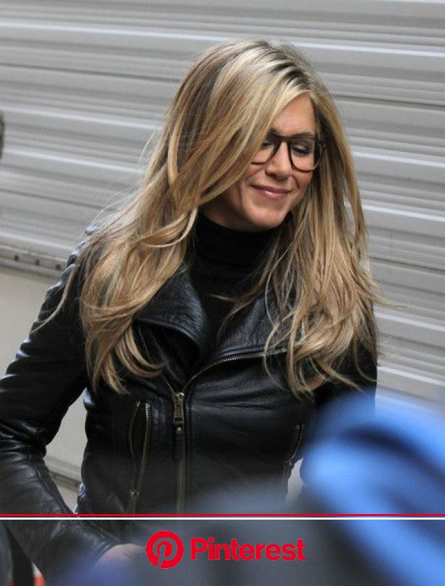 More Pics of Jennifer Aniston Knee High Boots | Hair styles, Jennifer aniston hair, Long hair styles